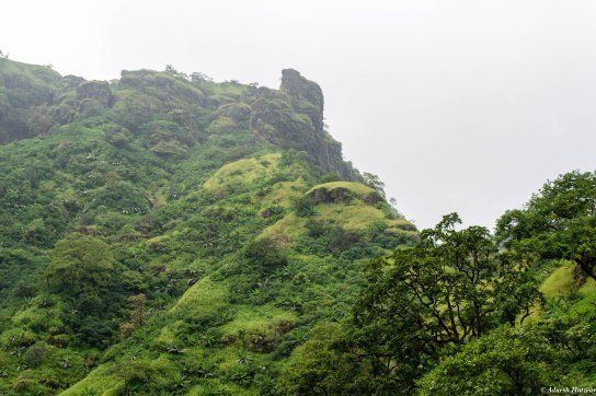 Mahuli fort, the path up there gets rather steep